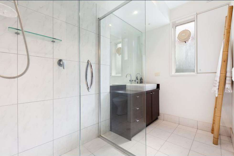 Third view of Homely unit listing, 2/6 Robert Street, Elwood VIC 3184
