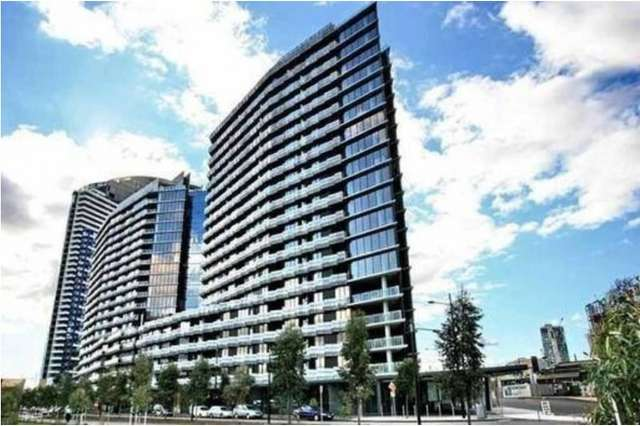 905/8 Waterview Walk, Docklands VIC 3008
