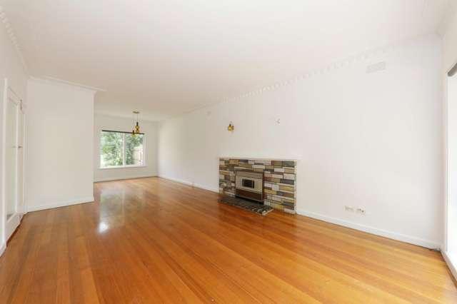 67 Sunhill Rd, Mount Waverley VIC 3149
