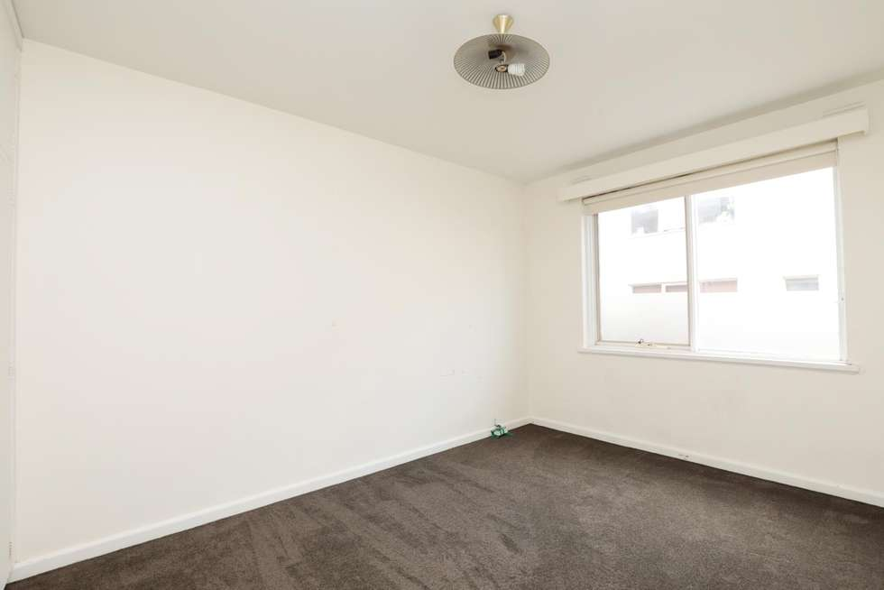 Third view of Homely apartment listing, 02/19 Elphin Grove, Hawthorn VIC 3122