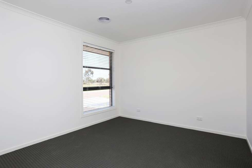 Fourth view of Homely house listing, 5 Bristol Street, Strathtulloh VIC 3338