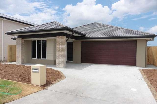 49 Burnett Drive, Holmview QLD 4207