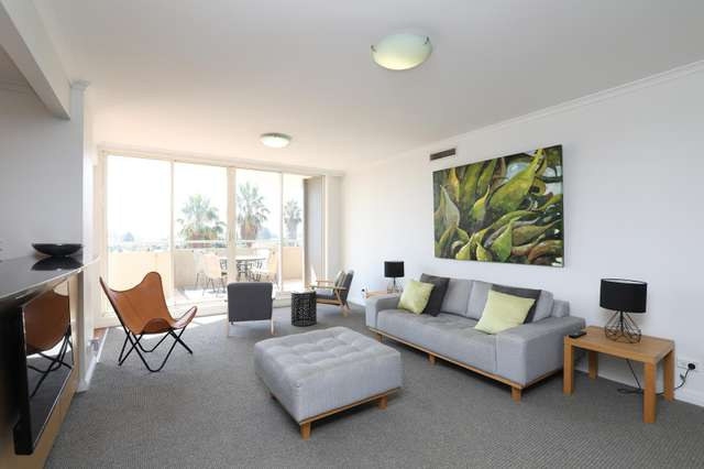 306/107 Beach Street, Port Melbourne VIC 3207