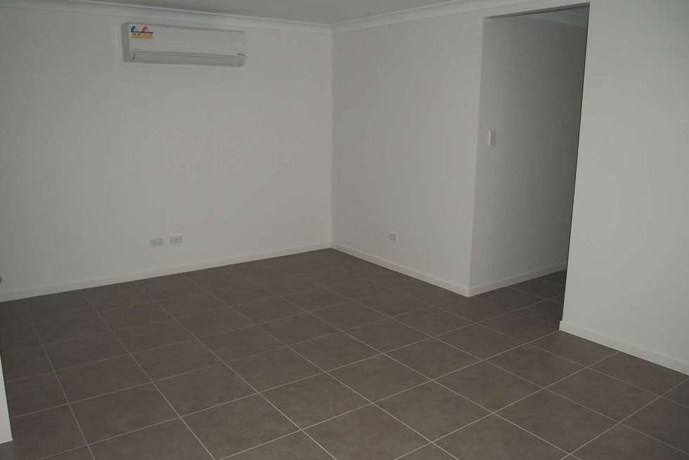 Second view of Homely semiDetached listing, 2/19 Baxter Crescent, Caboolture QLD 4510