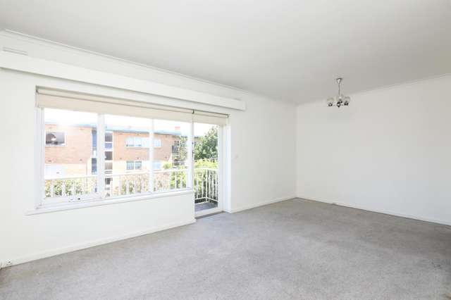 9/310 Dandenong Road, St Kilda East VIC 3183