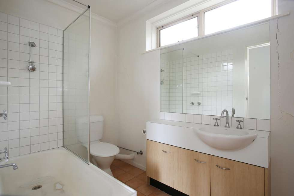 Fourth view of Homely apartment listing, 3/2 Edinburgh Street, Richmond VIC 3121