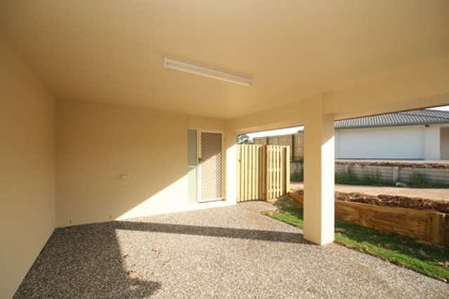 2/1 Lygon Place, Kallangur QLD 4503