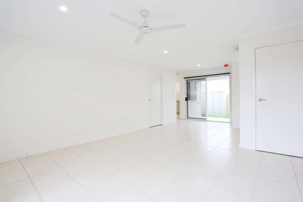 Third view of Homely unit listing, 2/35 Lemongrass Circuit, Griffin QLD 4503