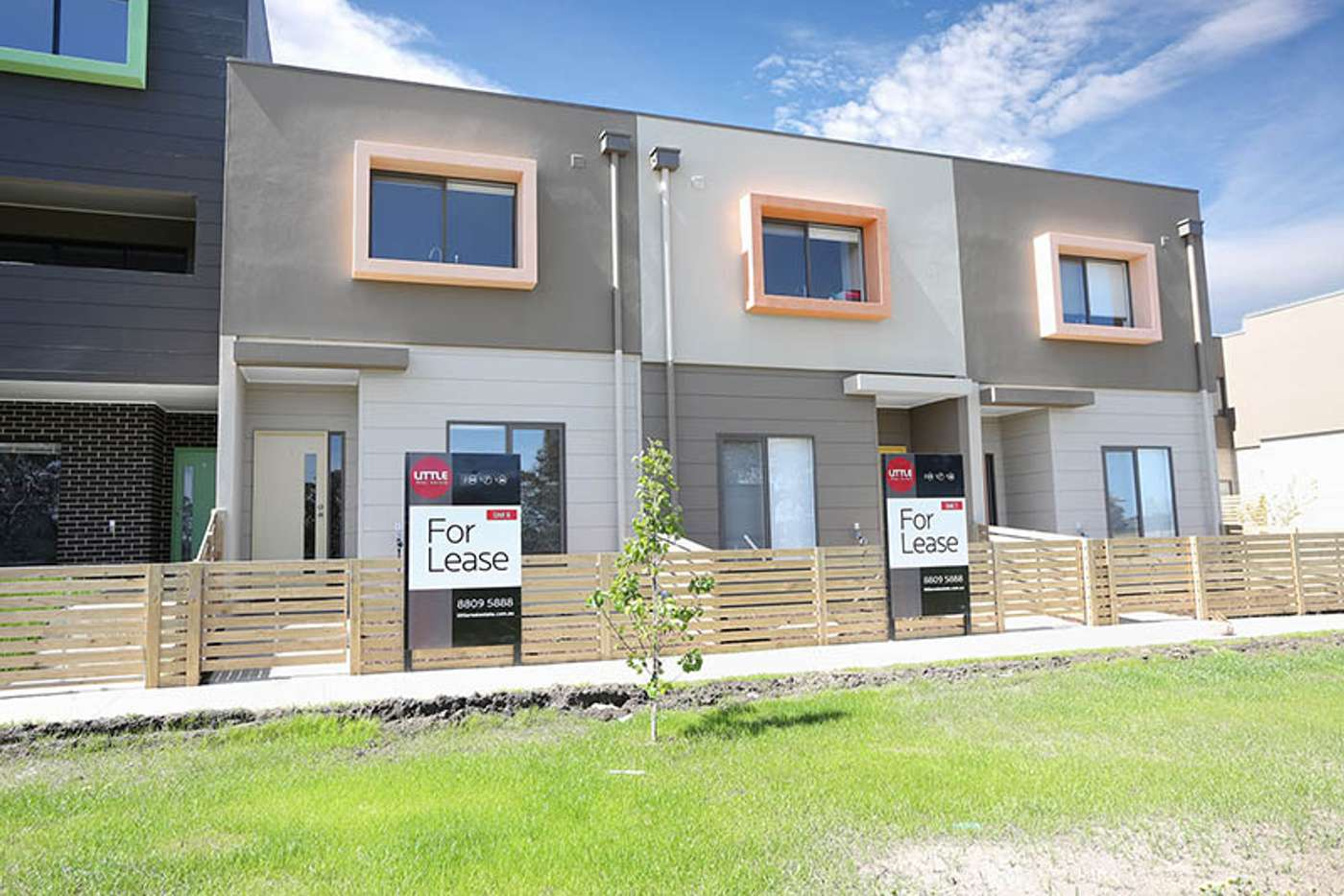 Main view of Homely townhouse listing, 6/1-15 Beddison Road, Craigieburn VIC 3064