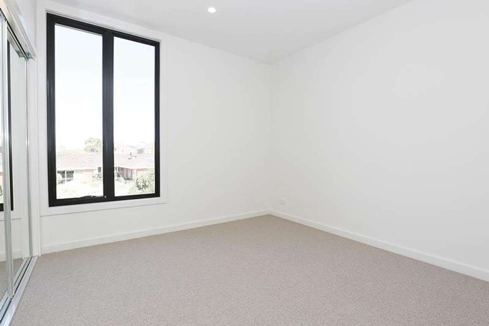 Fourth view of Homely townhouse listing, 8 Harvest Court, Doncaster VIC 3108