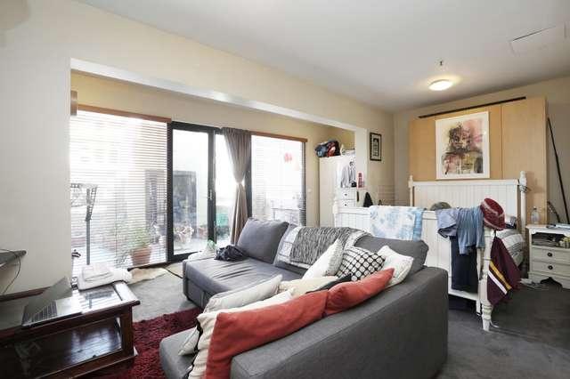 61/18 Queen Street, Melbourne VIC 3000
