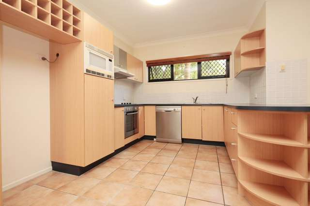 11/122 Central Avenue, Indooroopilly QLD 4068