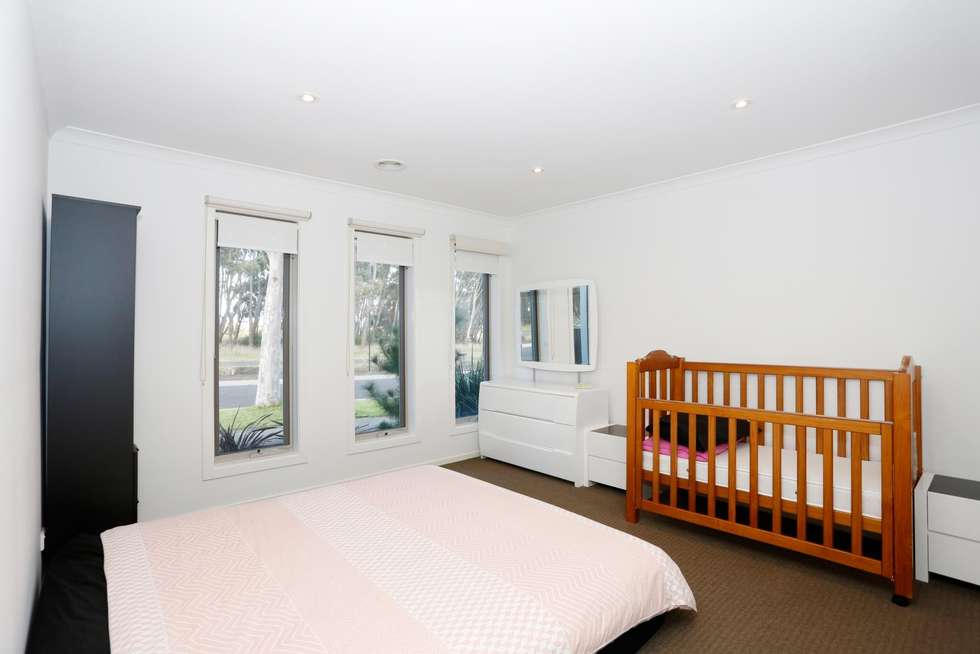 Fifth view of Homely house listing, 71 Venezia Promenade, Greenvale VIC 3059
