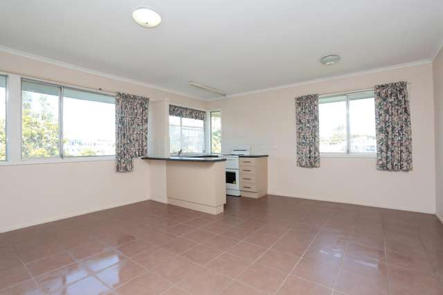 1/2 Upton Street, Nundah QLD 4012