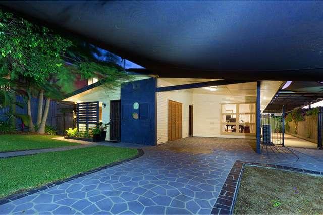 76 Blackheath Road, Oxley QLD 4075