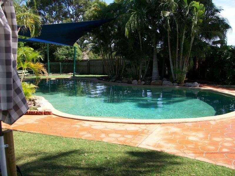 Main view of Homely townhouse listing, 18 125 Pappas Way, Carrara, QLD 4211