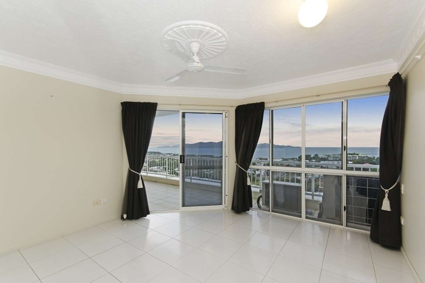 Sixth view of Homely apartment listing, 3/13 Hillside Crescent, Townsville City QLD 4810