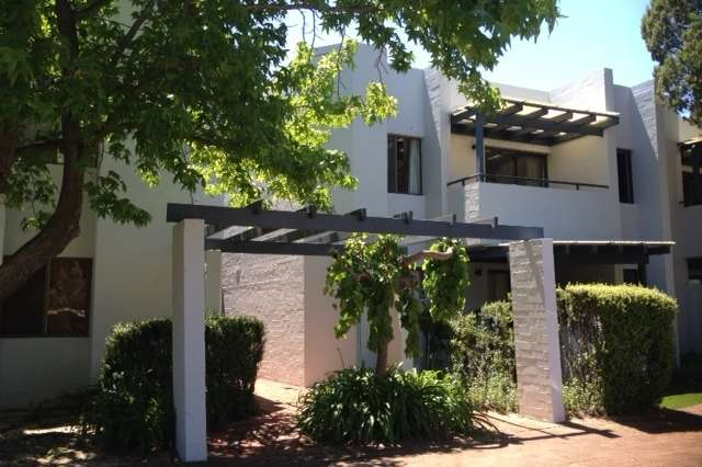 10/1 Brookside Avenue, South Perth WA 6151