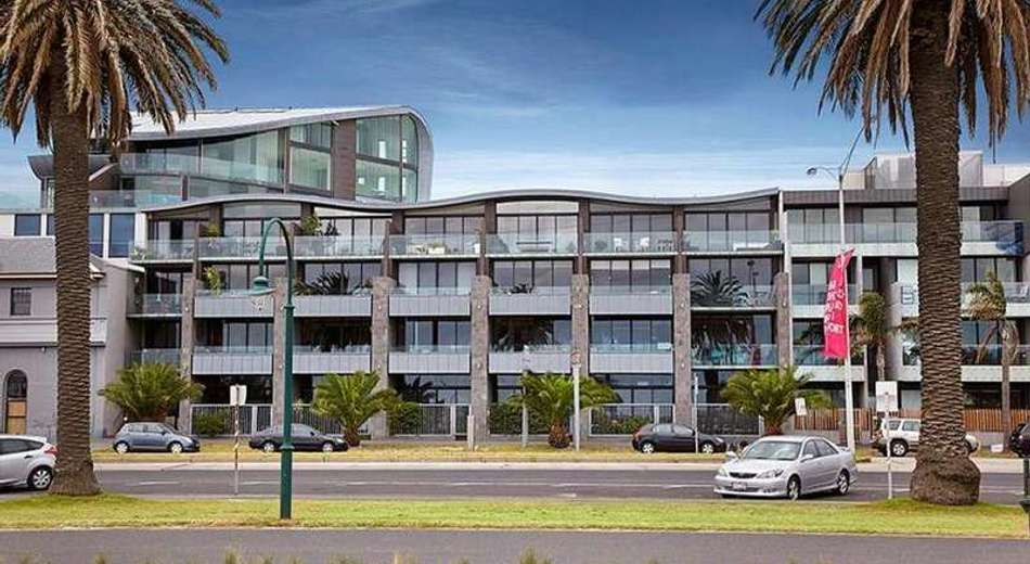 201/49 Beach Street, Port Melbourne VIC 3207
