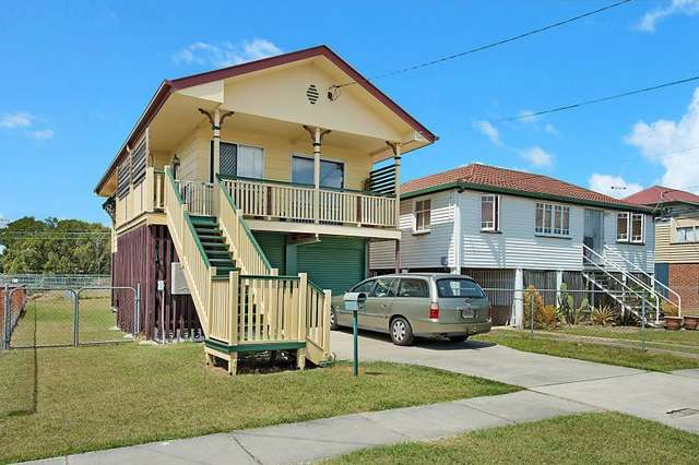 32 Barclay Street, Deagon QLD 4017