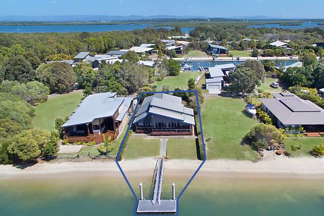 9 Doeblin Drive, South Stradbroke QLD 4216