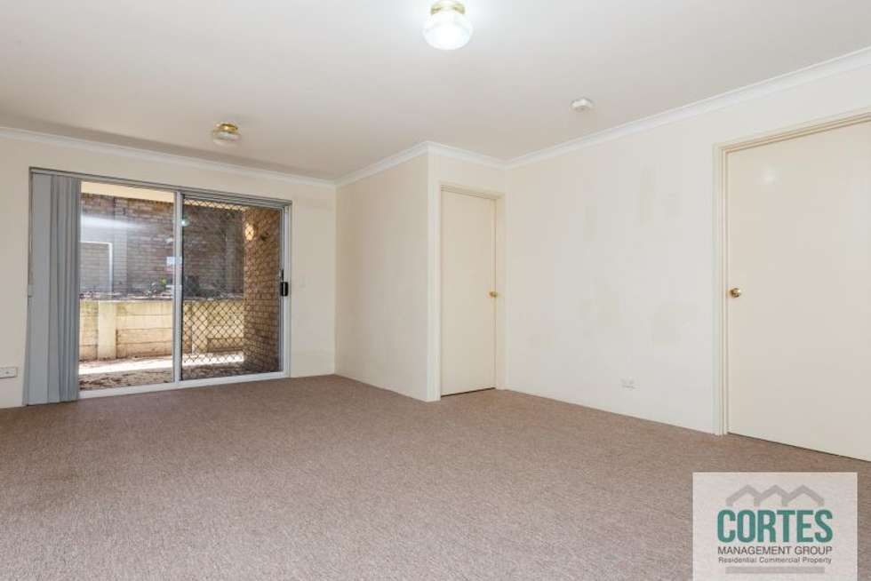 Fourth view of Homely unit listing, 15/2 Pinewood Avenue, Kardinya WA 6163