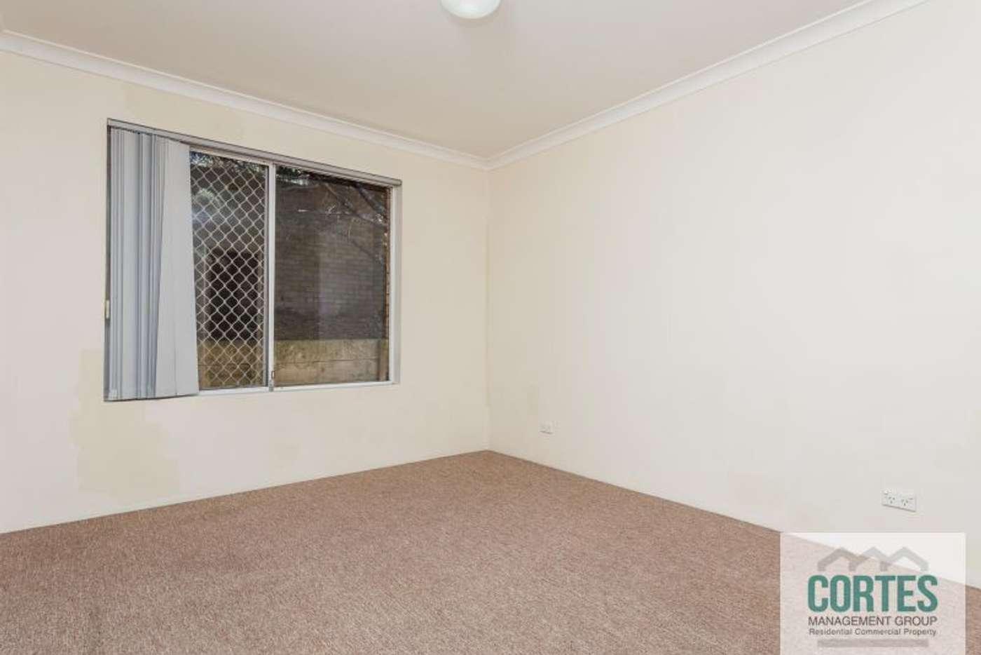 Sixth view of Homely unit listing, 15/2 Pinewood Avenue, Kardinya WA 6163