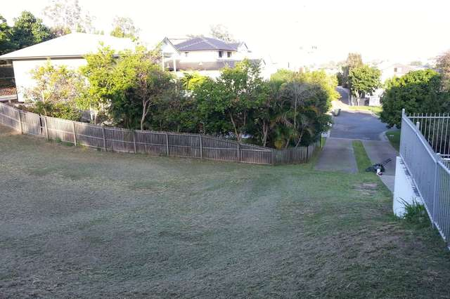 48 Kendale St, Stafford Heights QLD 4053