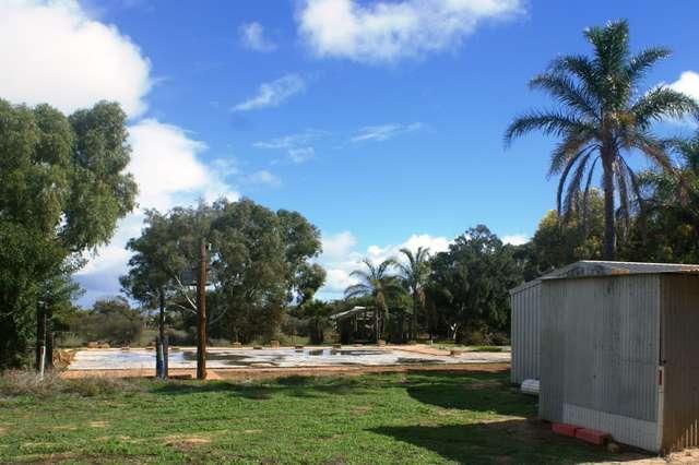 6 Mills Road, Moresby WA 6530