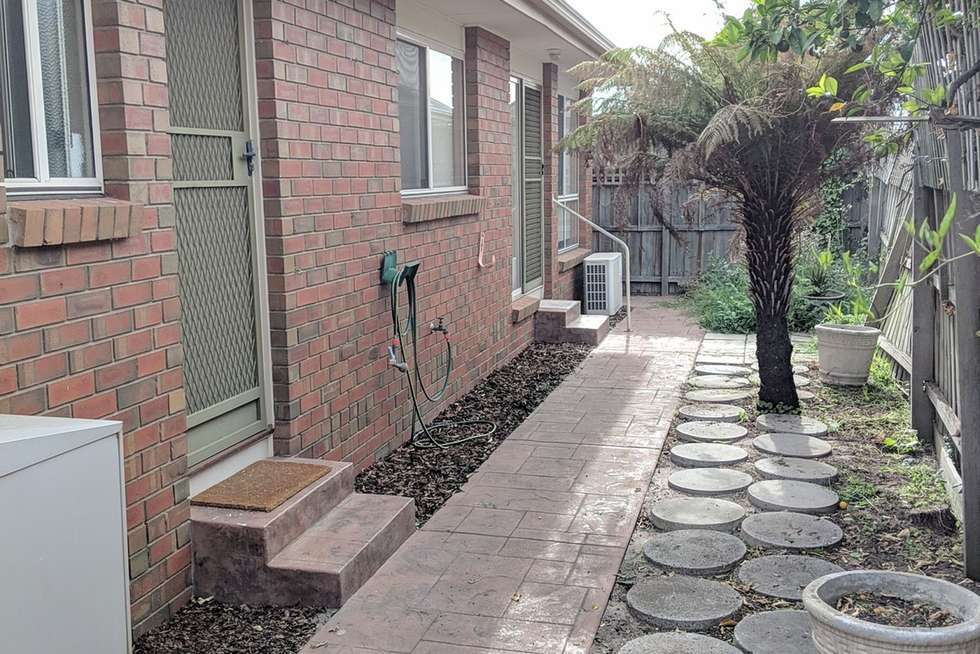 Third view of Homely villa listing, 3/29 Mortimore St, Bentleigh VIC 3204