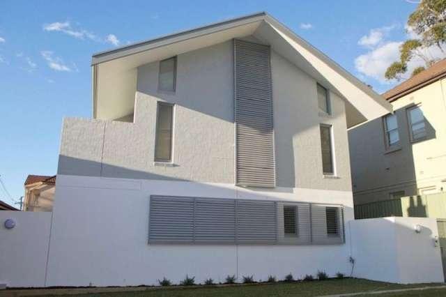 1/28 Bondi Rd, Bondi Junction NSW 2022