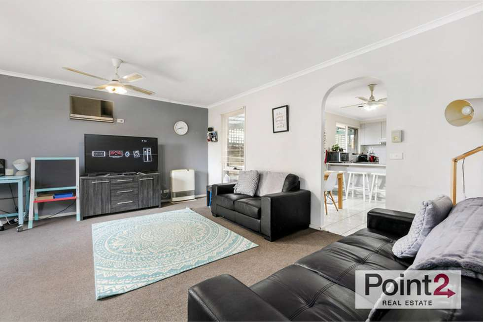 Fourth view of Homely house listing, 2/12 Leanna Court, Cranbourne West VIC 3977