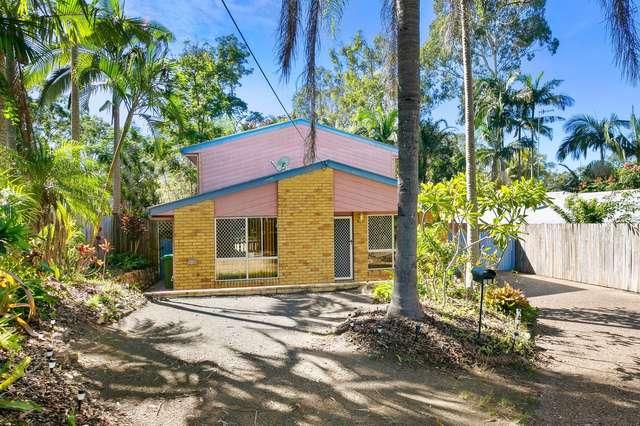 35 Pines Avenue, Cooroibah QLD 4565