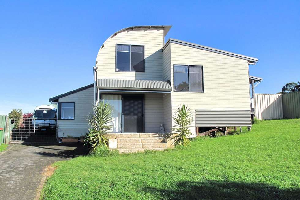 Second view of Homely house listing, 7 Russell Rise, Denmark WA 6333