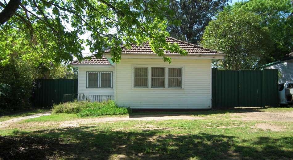 10 Belmont Road, Glenfield NSW 2167