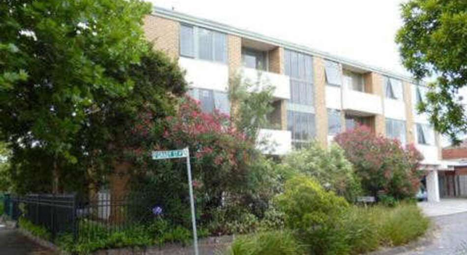 1/60 Fenwick St, Clifton Hill VIC 3068