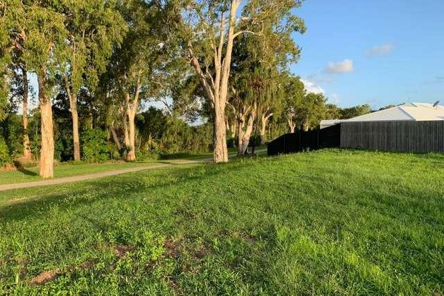 13 Caroval Drive, Rural View QLD 4740