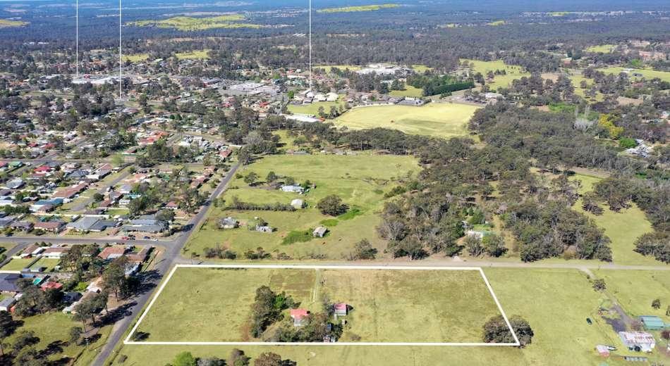 10 Byron Road, Tahmoor NSW 2573