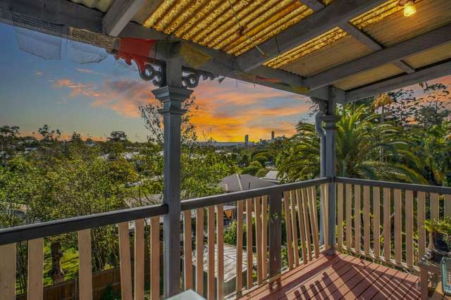 30 Majestic Outlook, Seven Hills QLD 4170