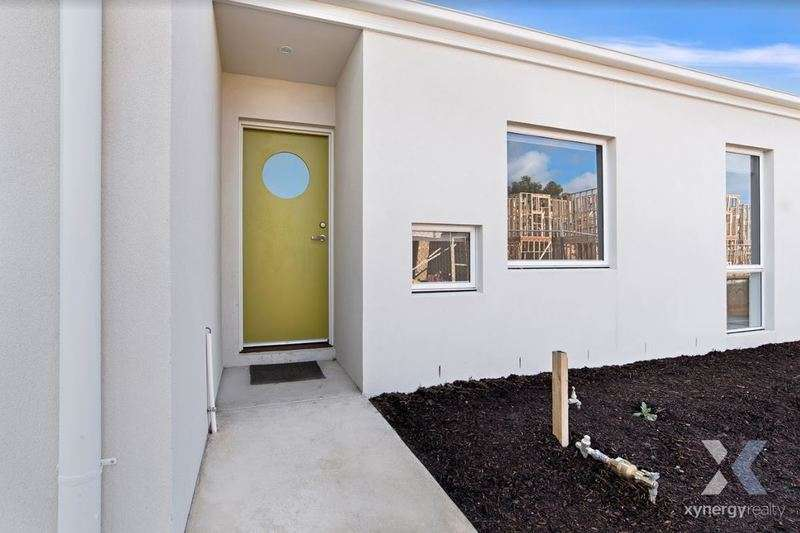Main view of Homely apartment listing, 13/5-13 Oxford Street, Whittington, VIC 3219