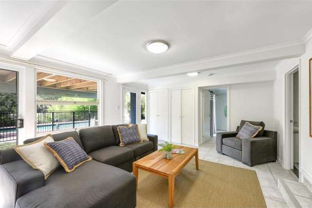 60 Meiers Rd, Indooroopilly QLD 4068