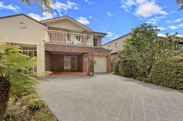 10a Kanoona Avenue, St Ives NSW 2075