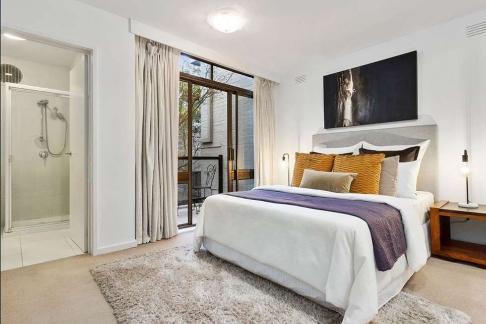 Fourth view of Homely apartment listing, 2/71 Lansell Road, Toorak VIC 3142