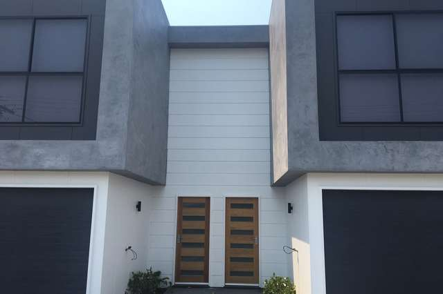 83 Falconer Street, Southport QLD 4215