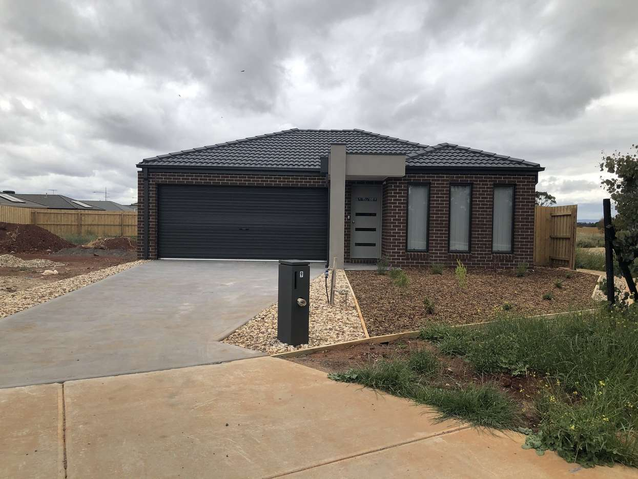 Main view of Homely house listing, 9 Hilda Drive, Brookfield, VIC 3338
