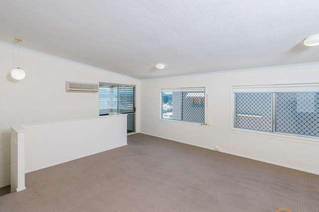 18 Barnett Place, Molendinar QLD 4214