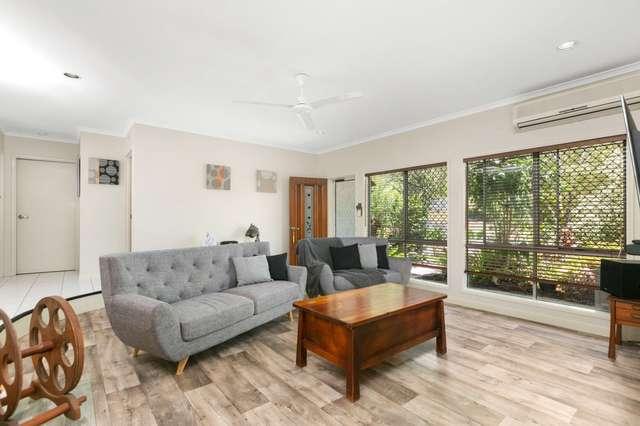 6 McFarlane Drive, Kanimbla QLD 4870