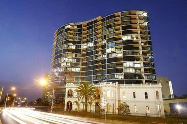 83 Queens Road, Melbourne VIC 3004