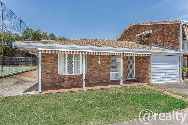 Main view of Homely villa listing, 4/10 Halle Street, Everton Park, QLD 4053