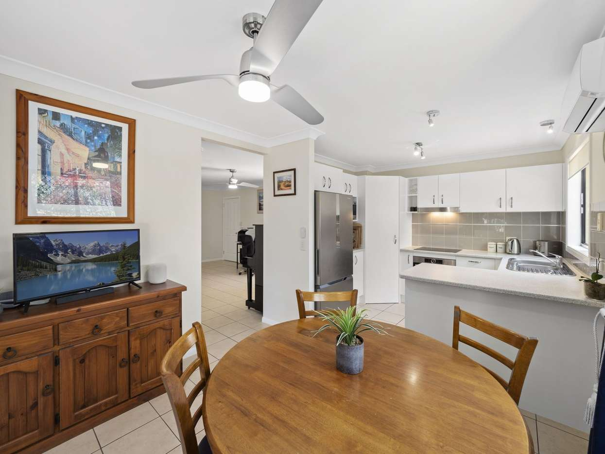 Main view of Homely townhouse listing, 3/8 Eastleigh Street, Chermside, QLD 4032